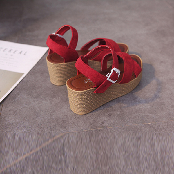 Fish Mouth Red Heavy Bottom Buckle Sandals