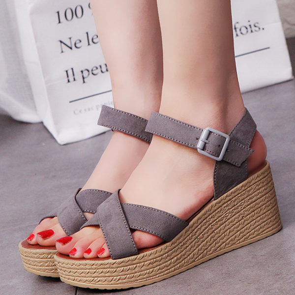 Fish Mouth Grey Heavy Bottom Buckle Sandals