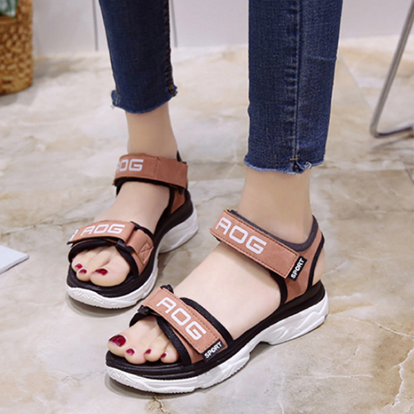 Pink Medium Bottom Sports Casual Sandals