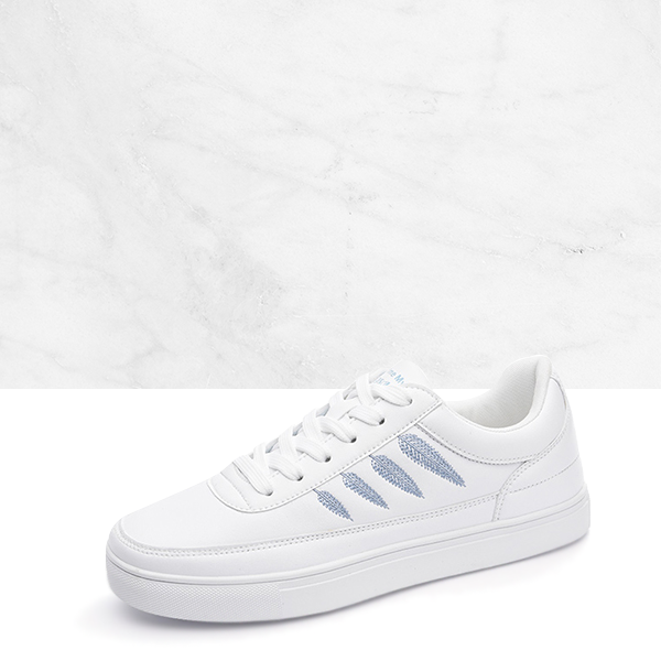 Blue Leaf Embroidered Flat White Sneakers