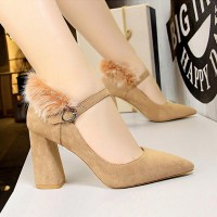Woolen Back Pointed Toe Thick Heel Shoes - Khaki