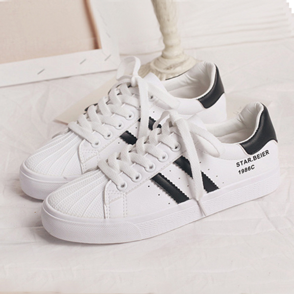 Shell Head Soft Rubber Sole Casual Student Shoes - White Black