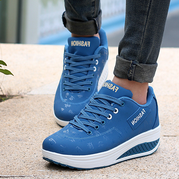 Lace Up Thick Sole Casual Sports Sneakers - Blue