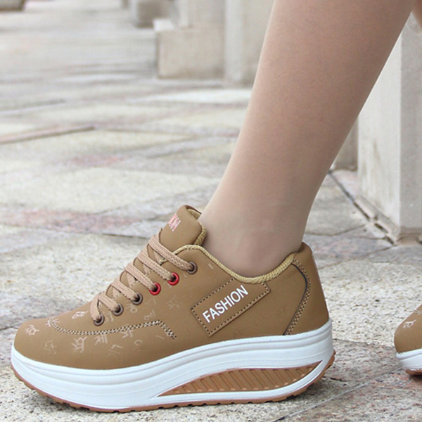 Lace Up Thick Sole Casual Sports Sneakers - Khaki