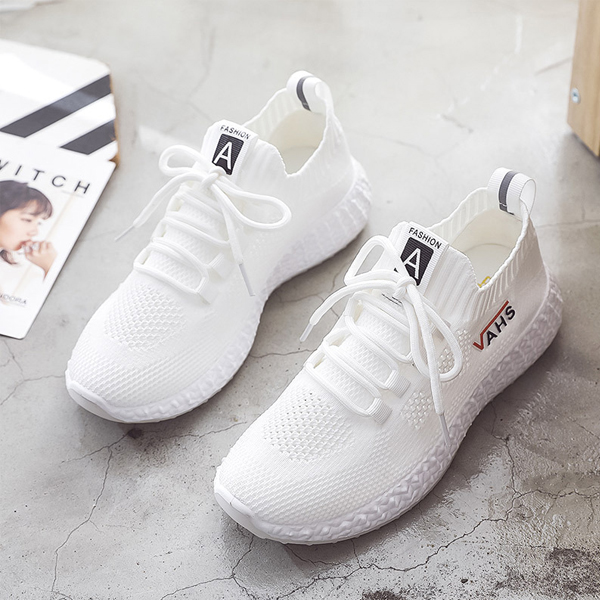 Hollow Flying Breathable Mesh Casual Shoes - White