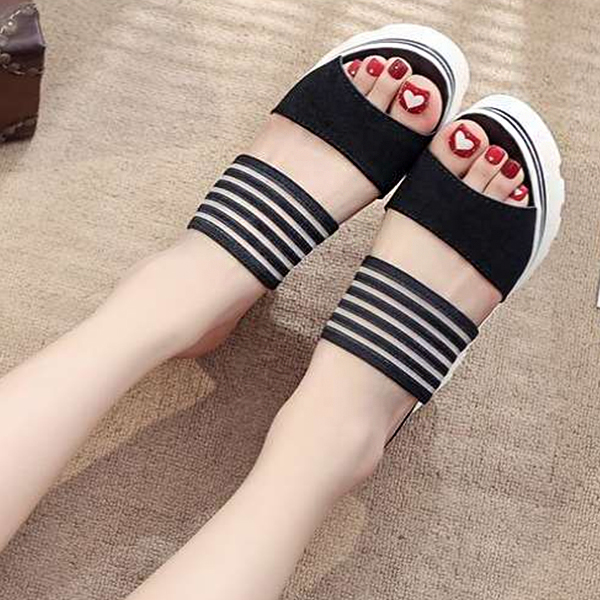 Heavy Bottom Comfortable Black Sandals
