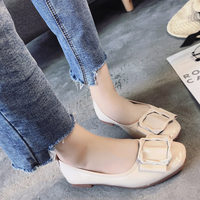 PU Leather Cross Buckle Flat Shoes - White