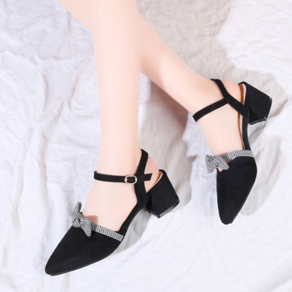 Bow Patched Pointed Suede Party Wear Sandals - Black
