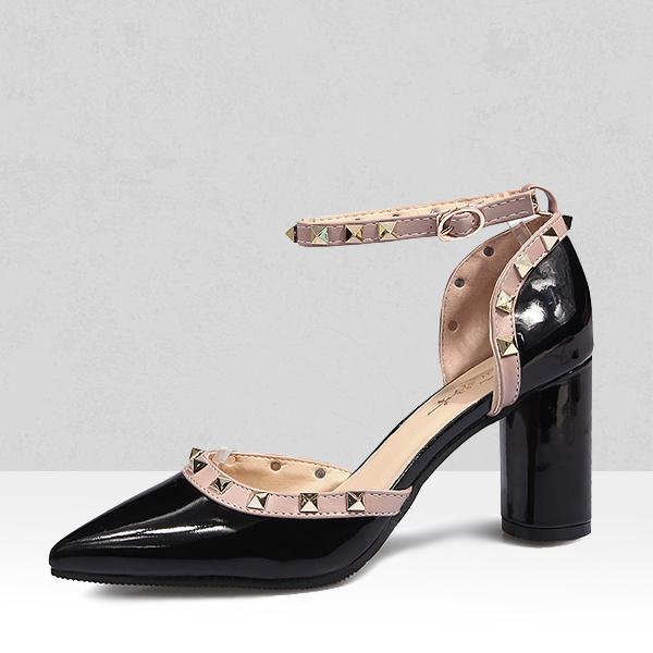 Pointed Buckle Closure Heel Sandals - Black