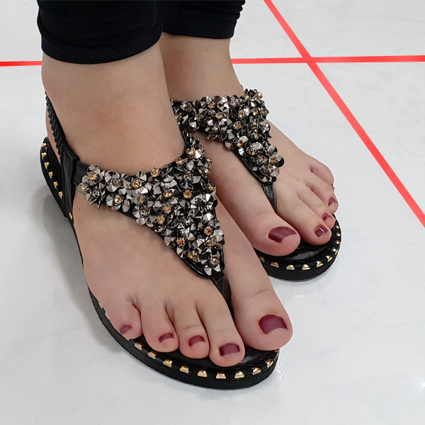 Rhinestones Decorated Elastic Closure Sandals - Black
