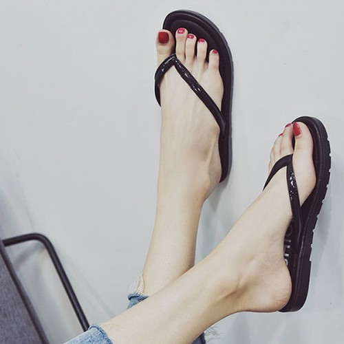 Casual Wear Summer Collection Strap Slippers - Black