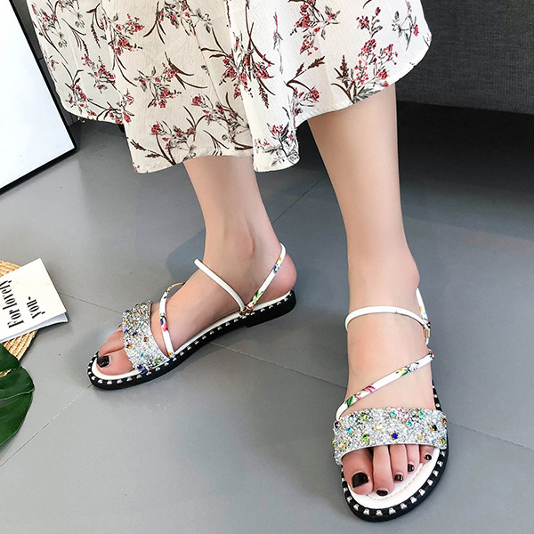 Crystal Decorated Floral Flat Wear Sandals - Silver