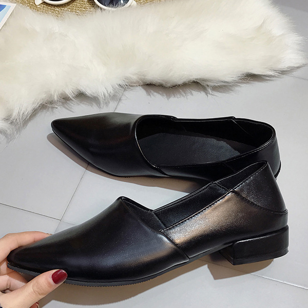 Thick Bottom Pointed Synthetic Leather Shoes - Black