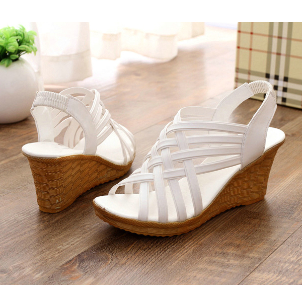 Heavy Bottom Hollow Fish Mouth White Sandals