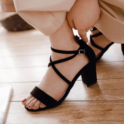 Cross String Medium Heel Velvet Sandals - Black