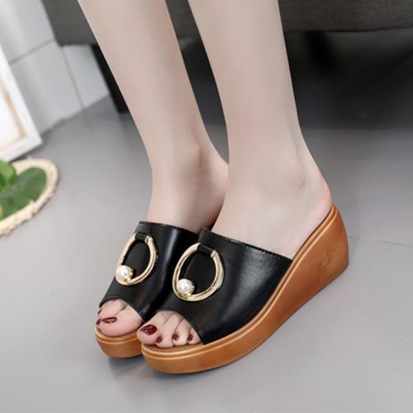 Pearl Ring Pattern Casual Wear Female Slippers - Black