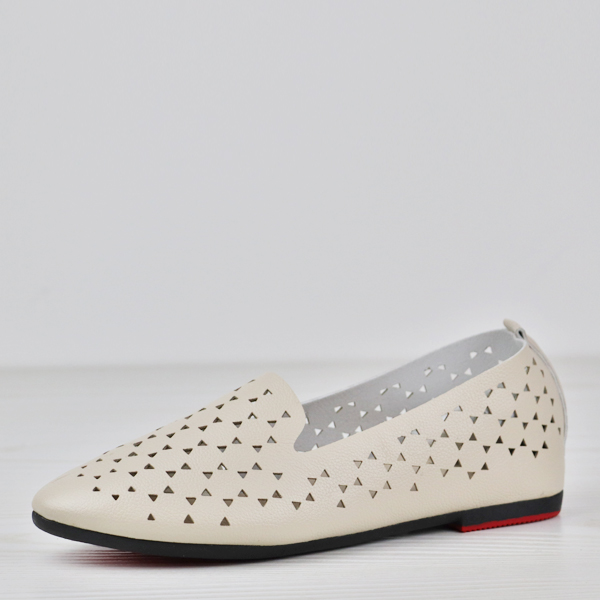 Hollow Boho Patched Flat Wear Pointed Shoes - Beige