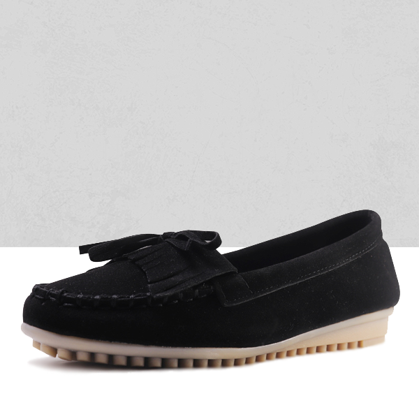 Comfy Black Moccasin Flat Sneakers