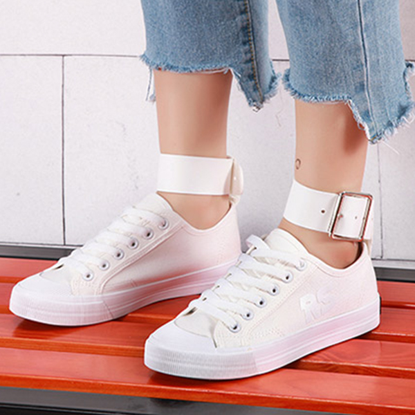 Sober White Canvas Laced Shoes With Belt