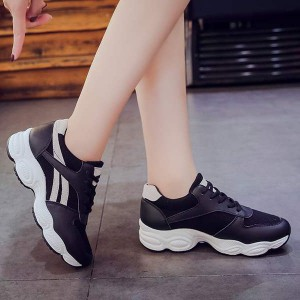 Sports Wear Soft Bottom Breathable Shoes - Black