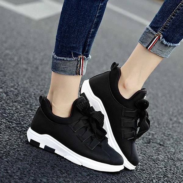 Synthetic Leather Thick Lace Casual Sneakers - Black