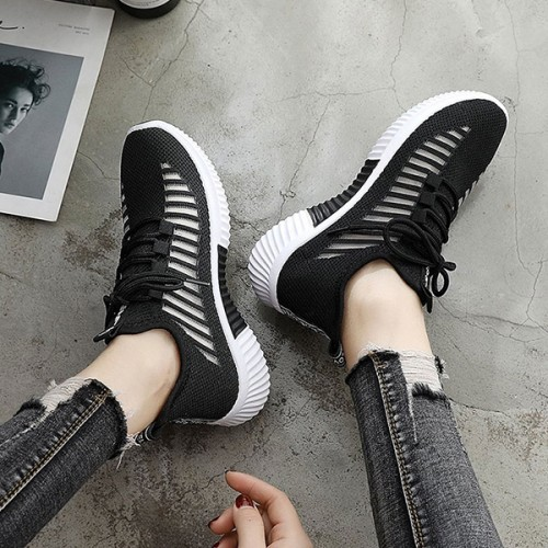 Stripes Lace Closure Soft Bottom Sneakers - Black
