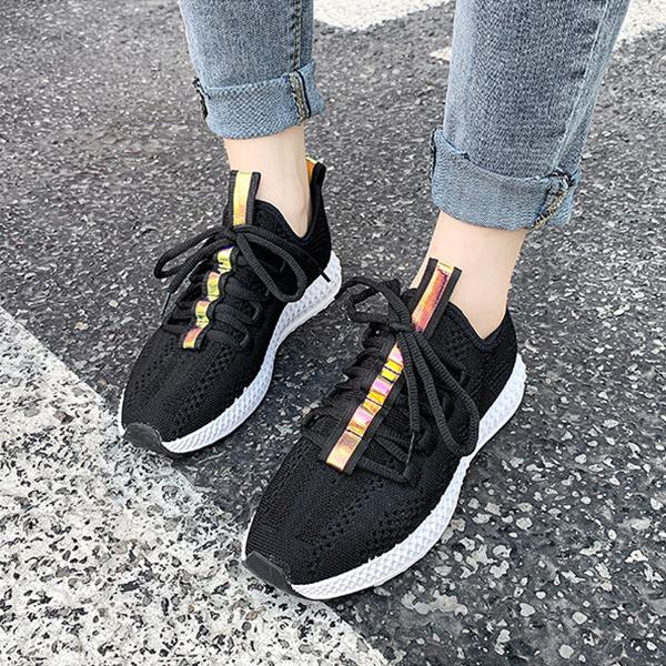 Laced Flat Wear Sports Canvas Sneakers - Black