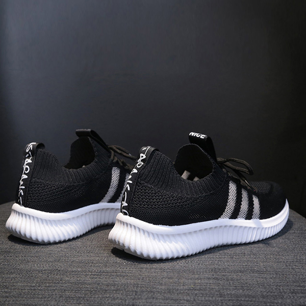 Breathable Laced Up Sports Wear Gym Sneakers - Black