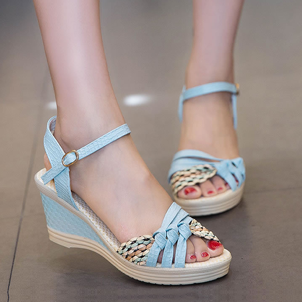 Sky Blue Strappy Texture Contrast Sandals