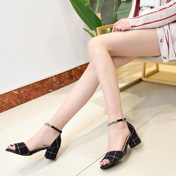 Checks Printed Black Square Heel Sandals