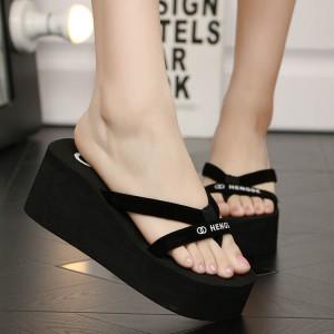 Thick Bottom Cross Strap Women Fashion Slippers - Black
