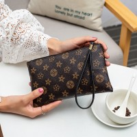 Zipper Closure Printed Floral Handheld Synthetic Leather Wallet - Black