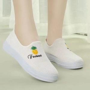 Canvas Flat Wear Slip Over Casual Wear Sneakers - White
