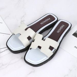 Flat Sole Base Synthetic Leather Casual Slippers - White