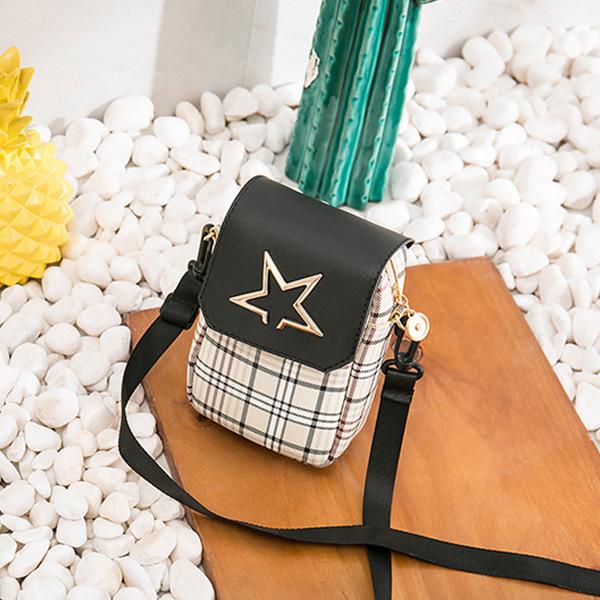 Star Curved Flap Designers Shoulder Bags - Black