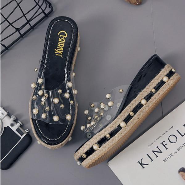 Pearl Decorated Black Medium Sole Sandals