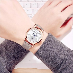 Mesh Belt Stainless Quartz Couple Watch White Dial Big - White