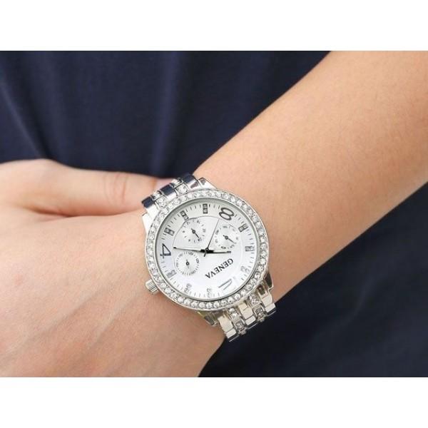 Alloy Crystal Band Unisex Fashion Watch Silver