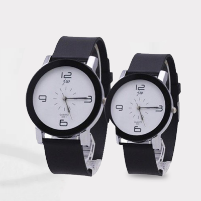 Analogue High Quality Couple White Wrist Watch