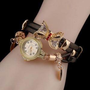 Heart Touching Golden Dial Female Bracelet Watch - Black