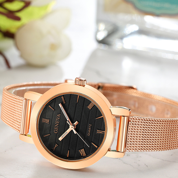 Mesh Roman Dial Exclusive Wrist Watches - Golden