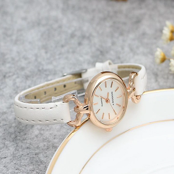 Leather Strap Golden Analogue Wrist Watch - White