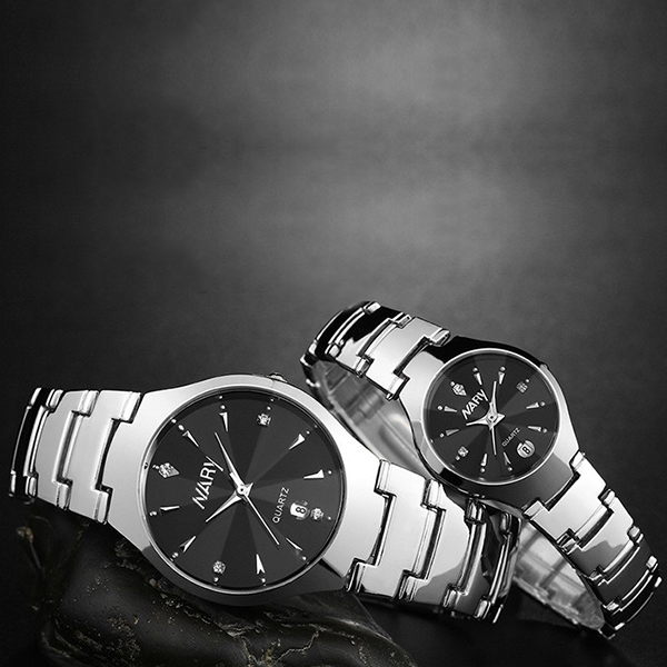 Chain Strapped Stainless Steel Couple Watch