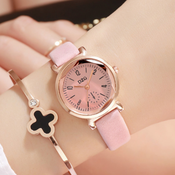 Cute Leather Strappy Analogue Wrist Watch - Pink