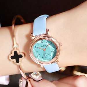 Cute Leather Strappy Analogue Wrist Watch - Green