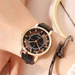 Creative Stylish Leather Strappy Analogue Wrist Watch - Black