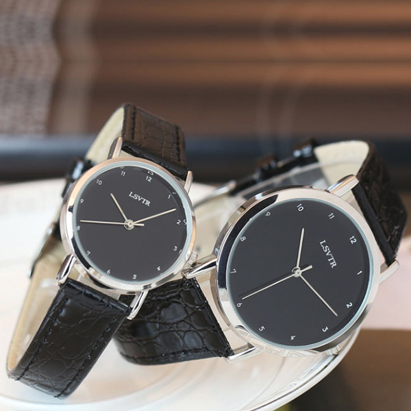 Luxurious Black Leather Strappy Couple Watch